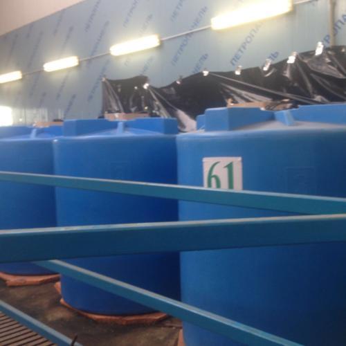 Баки для воды, плотность материала 35 кг/м3